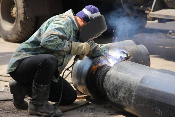 оперативный ремонт теплотрасс и водопровода